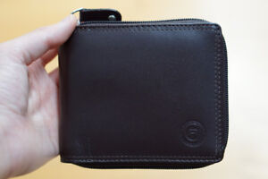 *NEW* MEN'S ZIPPERED LEATHER WALLET