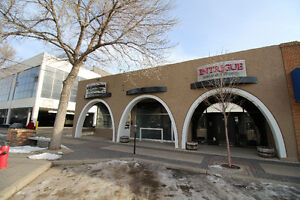Retail or Office Space in Ideal Downtwon Location