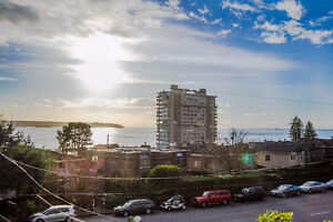 $4950 (ORCA_REF#2333M)A Gem in the heart of Dundarave 4bed/4 bat