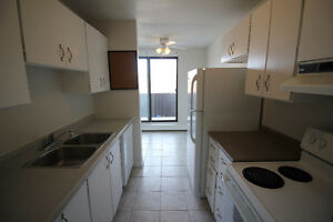 Garden Green Apartments: Three Bedroom $875 +personal hyrdo