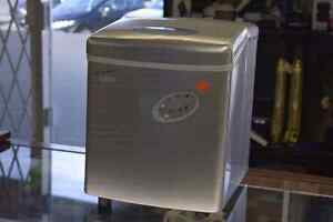 Salton IM2022 Portable Ice Machine