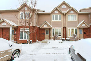 3 bedroom townhouse. Fantastic location