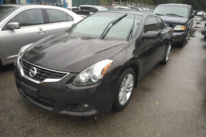 2010 Nissan Altima SL Coupe (2 door)