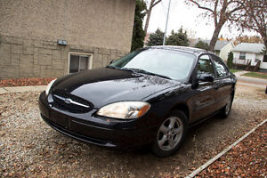 LOW KM 2002 Ford Taurus
