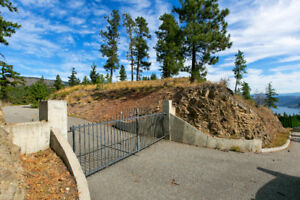 Large Estate Building Lot with Unbelievable views of Kelowna!