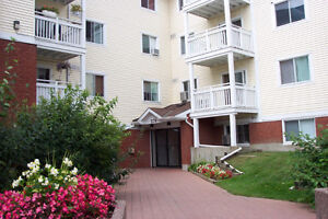 2 Bedroom Condo For Rent in Hunt Club Park $1050 Monthly