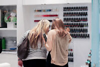 **** NAIL TECHNICIANS WANTED FOR BUSY NAIL BAR ****