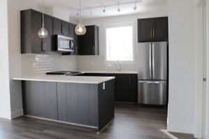 BRAND NEW 2BR CONDO IN SOUTH SURREY