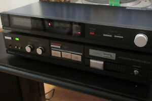 Hitachi Stereo Amplifier with FM Tuner