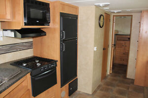 2013 CRUISER RV SHADOW CRUISER S280BQS London Ontario image 4