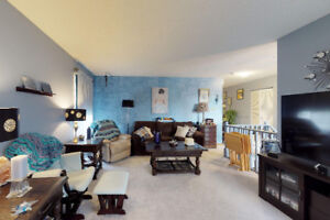 PRICE REDUCED: Beautiful Bi-Level with lots of extras