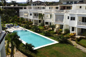 Beachfront 1 BDRM Condo Samana, special seasonal rates