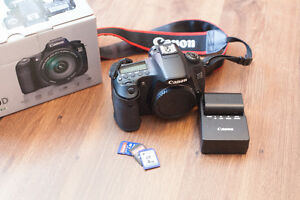 Canon 60D Camera Body - Battery - Memory Cards
