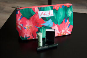 Clinique Spring 2016 Makeup Gift Bag Kingston Kingston Area image 1