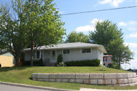 924 Wedgewood, Riverview. Move in ready bungalow