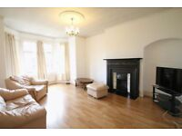 3 bedroom house in Montague Gardens, Acton, W39