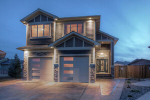 Grizzly Ridge Custom Built 2 Storey-560 Sixmile Crescent South