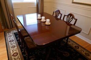 Antique Duncan Phyfe Mohogany 10 Piece Dining Room Set