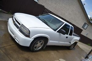 2000 Chevrolet S-10 LS Pickup Truck *REDUCED PRICE!