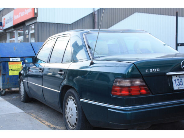 Used 1995 Mercedes-Benz 300-Series