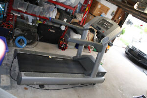 Treadmill for sale / Life Fitness