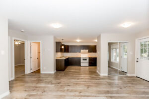 Move In Ready!  Beautiful 2 Bedroom Apartment in Orillia! Dec 1