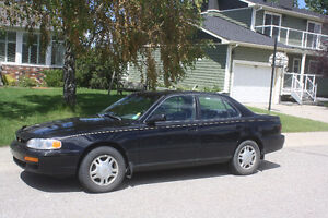 Classic 1996 Toyota Camry LE V6