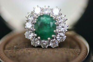 18k White Gold Natural Emerald And Diamond Ring (#2014)