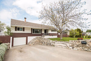 Nicely updated 4 Bed/2 Bath Family Home - Suite Potential