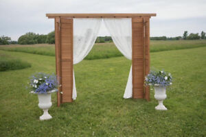 Wooden wedding arch for rent