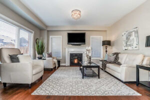 ***ABSOLUTELY STUNNING! 3 YRS NEW! 4 BR HOME IN BOWMANVILLE!