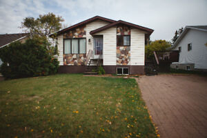 MOTIVATED SELLERS - Wainwright Home/Rental For Sale