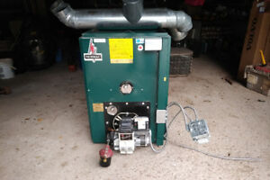 OIL FURNACE FOR SALE , NEWMAC LO-BOY