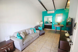 Cute Condo 1 Block from the Beach - JACO, COSAT RICA (sleeps 5)