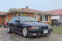 1992 BMW 3-Series Sport Coupe (2 door)