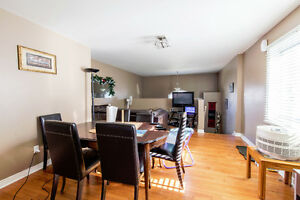 New Listing in East Windsor Windsor Region Ontario image 4