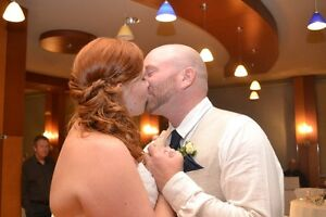 Need to book a wedding photographer ASAP? Kitchener / Waterloo Kitchener Area image 9