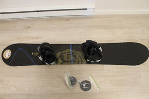 Morrow 159cm snowboard package, $300 OBO