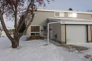 Fully Finished END UNIT Condo in Grandin!