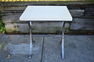 Petite table vintage blanche - Small white vintage table
