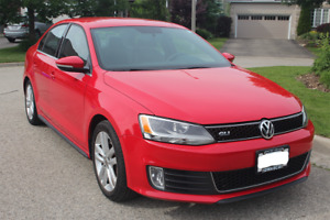 2012 Volkswagen GLI - Red and Low Mileage!