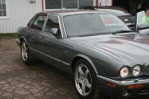 2003 Jaguar XJR Sedan