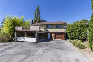 Coquitlam Como Lake Ave Single House 4Br+3bath is now for Rent!