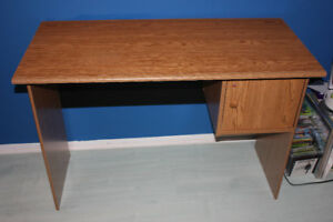 pupitre / desk