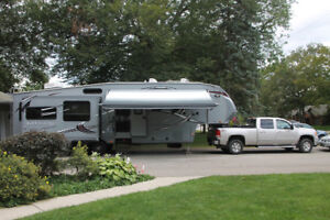 5th Wheel Trailer with or without GMC Diesel Truck