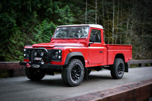 1999 Land Rover Defender 110 TD5 Pickup - Only 36,000km