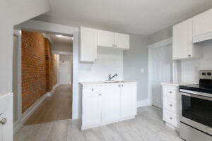 Completely Renovated 2 Bed w/ Exposed Brick & Balcony