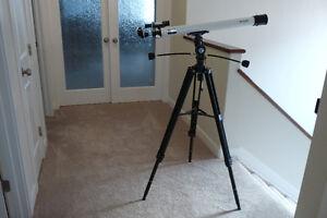 MEADE 60MM REFRACTING TELESCOPE