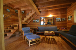 Off grid Ski Cabin 10 Min from the Larch Hills Nordic trails