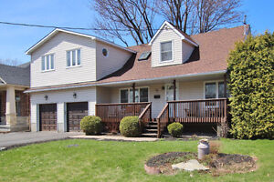 OPEN HOUSE~CHARMING 3 Bedroom home 75 Rossland Ave
